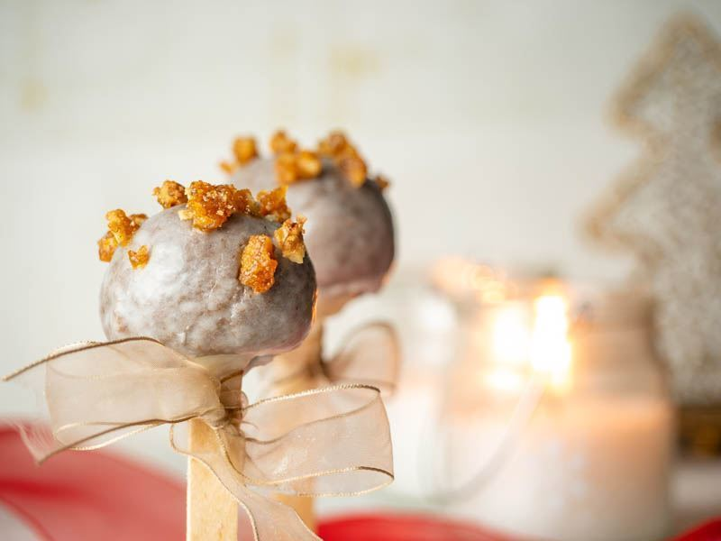 Christmas-Spiced Cake Pops recipe image. inthekitch.net