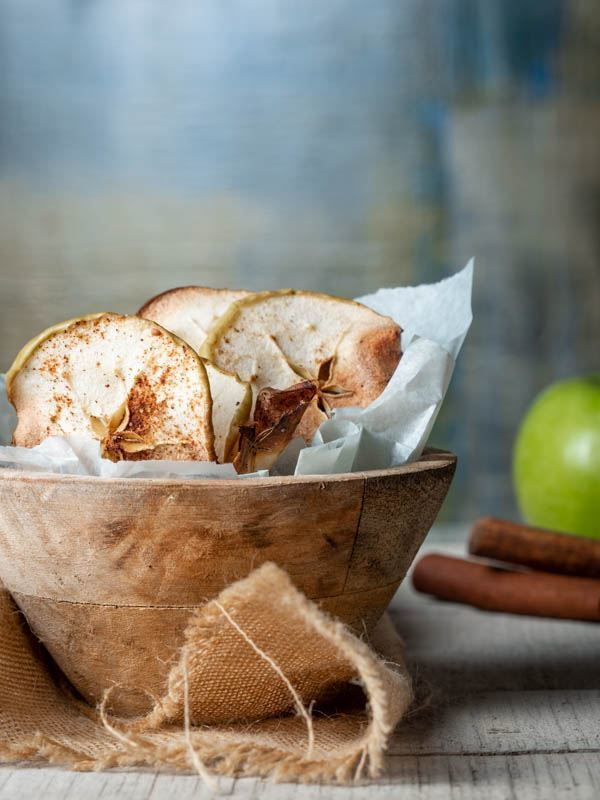 Cinnamon Apple Chips recipe image. inthekitch.net
