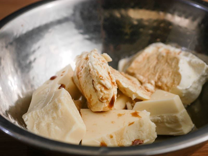 How to Make White Chocolate Ganache - Step 2 - inthekitch.net