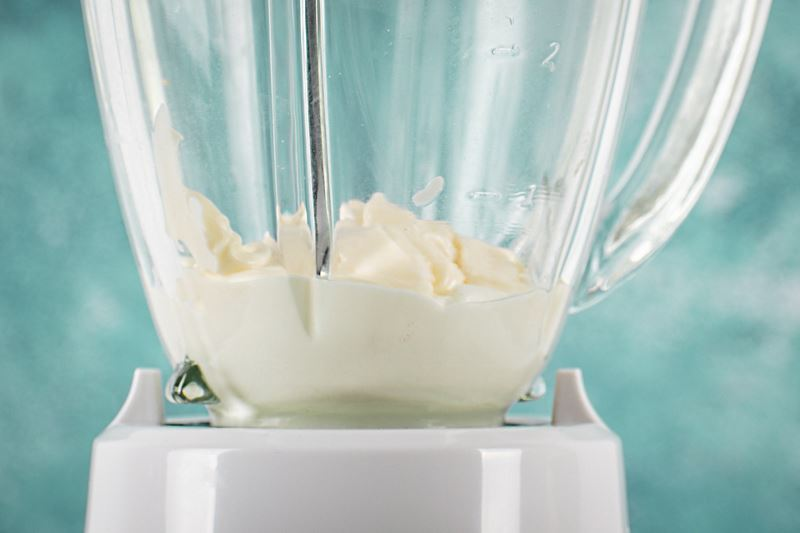 Mayo and Greek yogurt in a blender.