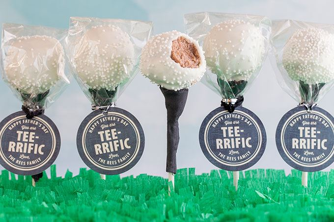 Golf ball and tee cake pops.