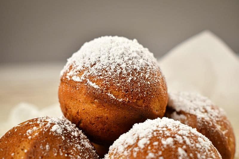 Cake Pop Maker Ginger Bread Cake Pops.