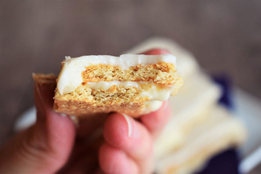 Graham wafer lemon bar up close.